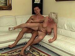 Бабуля в ее первом порно видео