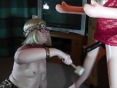 Женски кабл за доминацију на