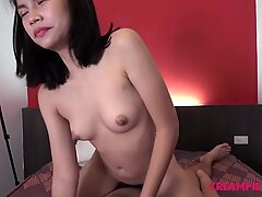 Innocent Thai girl gives pussy to Japanese man