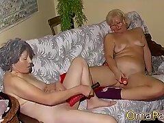 Omapass amatir dewasa dan lesbian nenek bermain-main