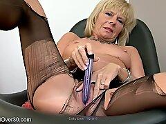 Cathy ördek yapay penis sokma in külotlu çorap