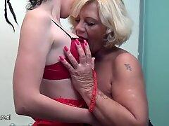 Kaki Loving Old And Young Lesbian Bath Nympho