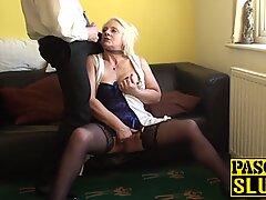 Blondin gilf carol throated før anal dominerende og ansigt