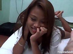 AsianSexdiary Due Petite Filipina Ragazze Tag Team Straniero